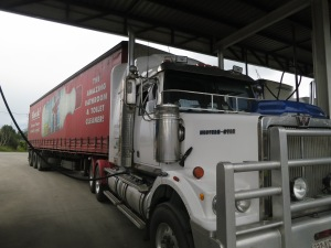 Truck Hitch-hiking Australia